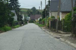 sołectwo Jastrzębie z nową drogą i kanalizacją